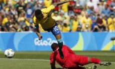 Brazil Neymar, Honduras keeper Luis Lopez