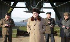 Tramps gatavs tikties ar Ziemeļkorejas diktatoru Kimu Čenunu