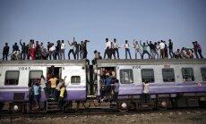 Dienas ceļojumu foto: Pārpildīts vilciens Indijā