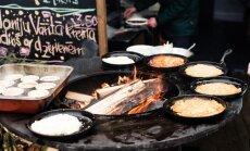 Foto: Siguldā, gatavojot smalkus ēdienus uz ugunskura, atklāts gastronomijas tūrisma gads