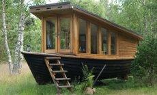 Сделано в Латвии: плавучая дача, переделанная из старой рыбацкой лодки (ФОТО)