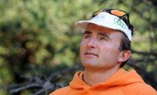 Pēc kritiena pie Everesta bojā iet pieredzējušais šveiciešu alpīnists Steks