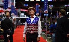 Американский комик Колбер избежал штрафа за секс-шутку о Трампе и Путине