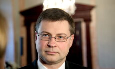 Dombrovskis nav ņēmis kukuli par atbalstu Katalonijas neatkarībai, secina KNAB