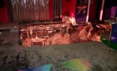 Video: Tenerifes naktsklubā iebrūk grīda; 40 ievainotie