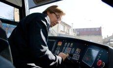 Rīgas dome cer legalizēt kropļotu konkurenci pasažieru pārvadājumos, brīdina KP