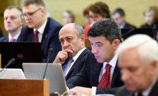 Ministrija atkāpjas no ultimāta – pirms sodīt Rīgas domi, pētīs tās nostāju par 'jautājumu kvotām'