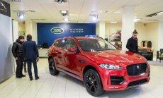 Foto: Rīgā parādīts 'Jaguar F-Pace' apvidnieks