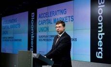 ES jāaizstāvas no 'alternatīvajiem faktiem', brīdina Dombrovskis