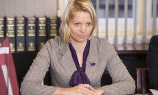 Deputāti pagaidām nespēj vienoties par Latvijas pozīciju sarunās par aizdevumu Grieķijai