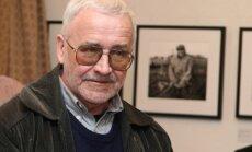Mūžībā aizgājis scenārists, publicists un rakstnieks Armīns Lejiņš