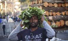 ФОТО: 100 тысяч человек отпраздновали Лиго на набережной 11 ноября и Дзегужкалнсе