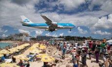 Dienas ceļojumu foto: Lidmašīnas nosēšanās Santmārtinas lidostā - gandrīz pludmalē