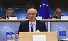 ES lauksaimniecības komisārs rosina mazināt piena produkcijas apjomus