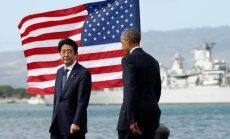 Japānas premjers Pērlhārborā izsaka 'mūžīgu līdzjūtību'