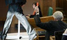 Saeimas politiskie tūristi: kurš atvadās un kurš meklē jaunu ceļu