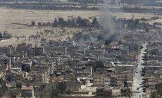 Cīņa par Palmīru: Krievijas gaisa spēku uzlidojumi spiež 'Daesh' atkāpties