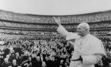 1978. gads: Amatā stājas Jānis Pāvils II, Gruzijā protesti, Spānijā atjauno demokrātiju
