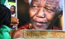Žurku dēļ Dienvidāfrikā evakuē Nelsona Mandelas cietumu