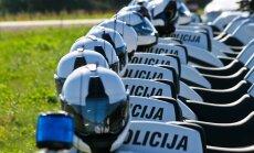 policisti apgūst jaunos motociklus