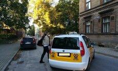 Taksists Rīgā uzbrūk atkritumu vedēja šoferim
