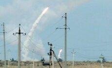 Kalnu Karabahā izcēlušās smagas kaujas; notriekts azerbaidžāņu helikopters
