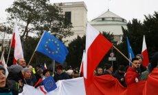 Еврокомиссия пригрозила Польше санкциями