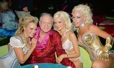 'Playboy' modele atklāj, kā krāpusi Hjū Hefneru