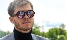 Modes vēsturnieks Anatols Vovks: modīgi un nedārgi ģērbties nav iespējams