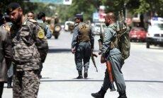 Afganistānā talibu uzbrukumos nogalināti 40 policisti un karavīri