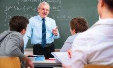 Pedagogu minimālo algu par likmi paceļ līdz 710 eiro