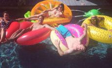 Foto: Štromberga sieviņa ar jestru baseina ballīti atzīmē jubileju