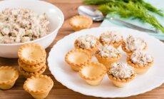 10 salāti, kas ir kā radīti groziņu, lavaša vai sviestmaižu pildījumam mājas ballītēm