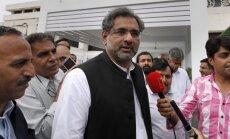 Pakistānas likumdevēji premjera amatā ievēl Šarifa lojālistu