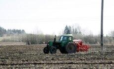 Daļai lauksaimnieku Zemgalē un Kurzemē lauki jāpārsēj