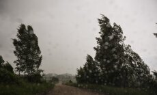 Otrdien Latvijā gaidāms īslaicīgs lietus; brīdina par augstu ugunsbīstamību Kurzemē un Rīgā