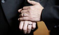 Čehijas valdība atbalsta likumprojektu par viendzimuma laulībām