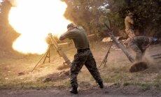 Pa Ukrainas robežpunktu no Krievijas izšauti šāviņu simti; četri robežsargi krituši