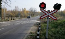 Divas dienas būs slēgta dzelzceļa pārbrauktuve uz Ventspils šosejas pie Kandavas stacijas