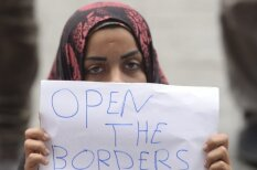 100 фотографий, которые точнее всего передают атмосферу кризиса беженцев в Европе