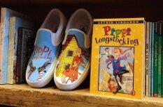 Фломастер в руки и вперед: вручную раскрашенная обувь с популярными мотивами