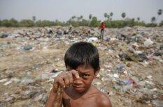 Atkritumu cilvēki: kā nabadzīgie ļaudis dzīvo Kambodžā