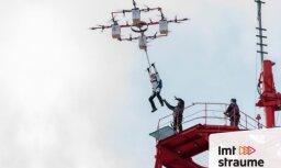 'ZeKurbulis' intervija ar latvieti, kas pasaulē pirmais ar izpletni nolēcis no drona
