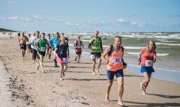 Foto: Baltijas Baso pēdu ultramaratonā atkal krīt trases rekordi