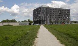 Blakus VID ēkai plāno būvēt tirdzniecības centru
