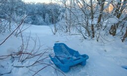 Vidzemē trīs bērni guvuši traumas slēpojot, divi – braucot ar ragaviņām