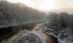 Синоптики: в ночь на среду в Латвии похолодает до -10 градусов