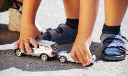 Sestdien ceļu satiksmes negadījumā cietis mazgadīgs bērns