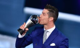 FIFA par gada labāko futbolistu atzīst Ronaldu