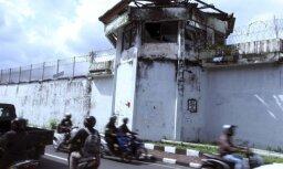 Četri ārzemnieki pa šauru tuneli izbēg no Kerokobanas cietuma